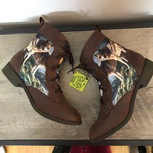 TIGERBEAR REPUBLIK Western WOLF Ankle BOOTIES Boot
